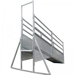 Adjustable 3.6m Cattle ramp